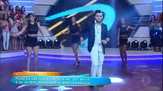 Filho de Gretchen se lança como cantor e ganha presente de Rodrigo Faro