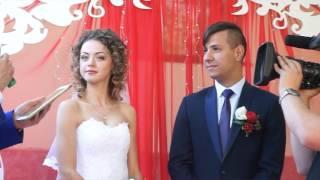 Смотреть Весілля Юри та Аліни Стоянових онлайн