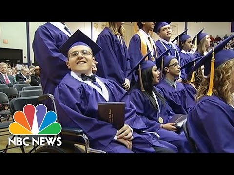 Teen With Multiple Sclerosis Inspires Grads By Walking | NBC News