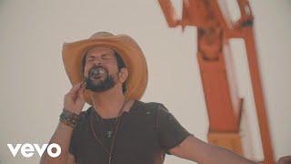 Fernando & Sorocaba - Dou Trabalho, Mas Não Traio (Ao Vivo)