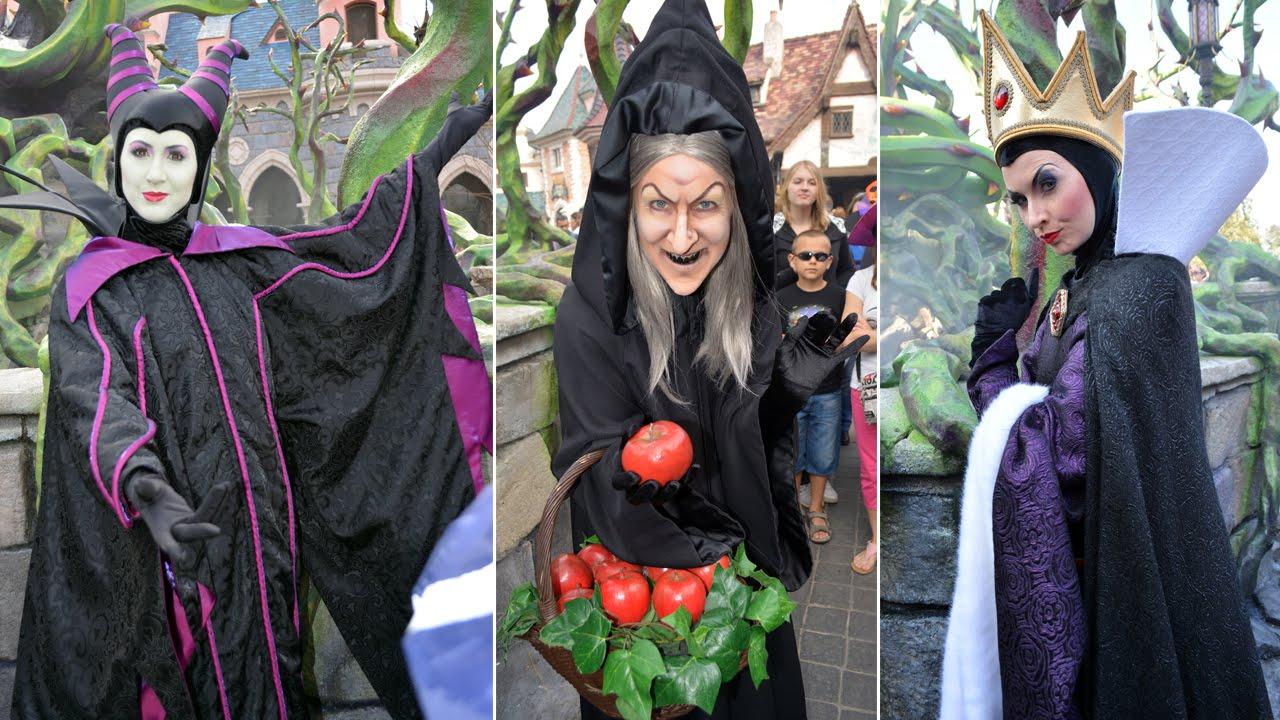 Halloween Disney Villains.Disney Villains Montage At Disneyland Paris Halloween Maleficent S Court Hag Evil Queen Gaston
