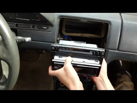 1st gen Saturn S-Series ( 1994 Saturn SL2 ) Stereo Radio Reciever Replacement