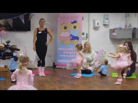 Sam and Billie Faiers at babyballet - filming for The Mummy Diaries Series 2 2017