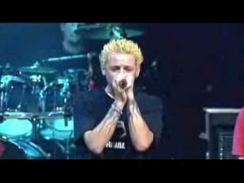 Linkin Park - 08 - Live at House of Blues - Pushing Me Away
