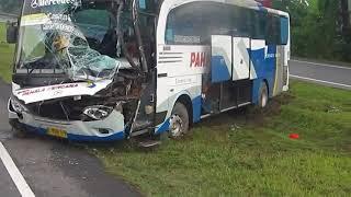 KECELAKAAN BUS Sinar Jaya dan Pahala Kencana di Tol CIPALI