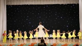Солнечные зайчики.Тренер:Радмила Калилина.Kids Fest All Stars Dance Centre 2016(Солнечные зайчики.Тренер:Радмила Калилина.Kids Fest All Stars Dance Centre 2016 www.allstars-dance.com fb: http://facebook.com/AllStarsDC/ ..., 2016-12-16T12:59:53.000Z)