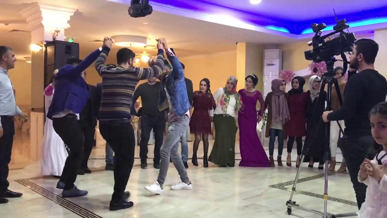 Halay Govend - Koma Roni - Şırnaklıların Düğünü