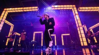 Download Bruno Mars - Versace on the Floor (Billboard Music Awards 2017) [Live] Mp3 and Videos