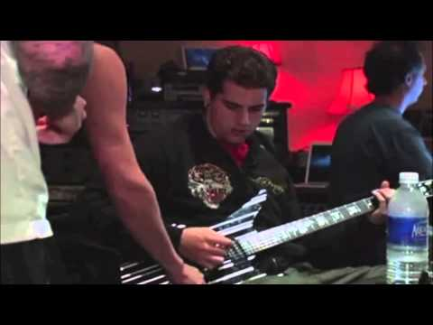 Avenged Sevenfold M Shadows Playing Drums And Guitar