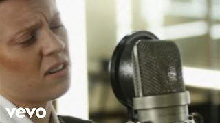 La Roux - Bulletproof (Abbey Road Sessions)