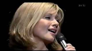 OLIVIA NEWTON JOHN - Come on over - live in Japan