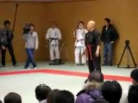 Incredible fight between a Kiai master and a MMA fighter