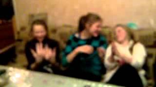 Девочки 7 класса наноркоманились и танцуют
