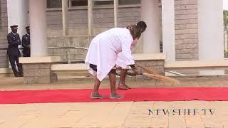 THE PROCESS OF WAITING FOR PRESIDENT UHURU KENYATTA