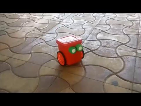 How To Make Simple DIY Robot for Kids (Mr. Red Robot Do-it-yourself)