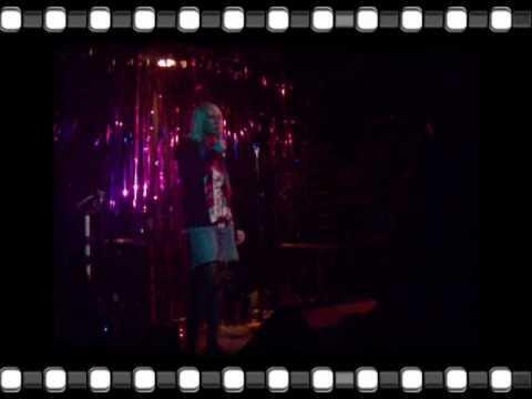 Leona Irvine - Stand up - Comedy