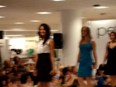 Clinton Kelly's Petite Fashion Show