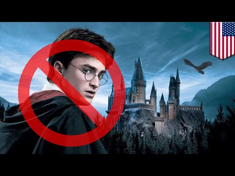 Harry Potter exorcised from school library over magic risk - TomoNews
