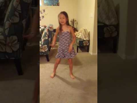 JuJu on That Beat - Hula style