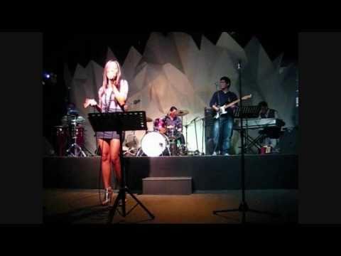 "SITTI (Bossa Nova) - ""Lanca Perfume"" Live! @ Technowave Bar"