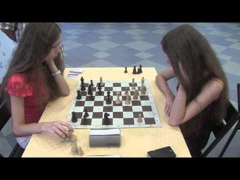 Baraev sisters AkvaLoo 2013 september Chess tournament