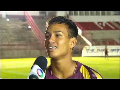 Rivaldo coloca família para jogar no Mogi Mirim e é incentivado a voltar