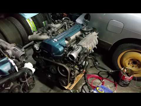 2JZ-GTE VVTi engine running on the floor!