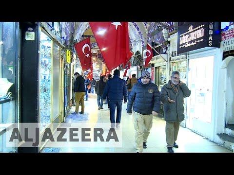 Turkish Lira falls amidst political uncertainty