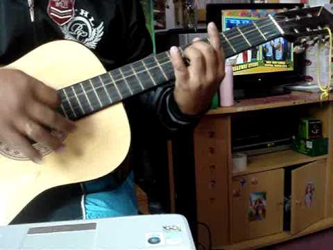 price tag acoustic with chord. - YouTube
