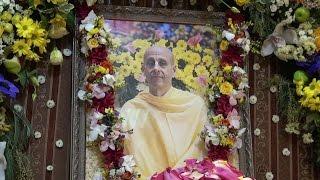 Подношение учеников Радханатха свами, Джаганнатх мандир, 15 января 2017 года