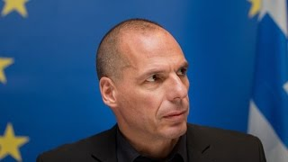Yanis Varoufakis: `I Will Not` Be Finance Minister on Yes Vote