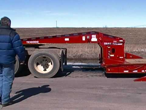 Trail-Eze Trailers Non Ground Bearing Hydraulic Detachable Gooseneck Operation