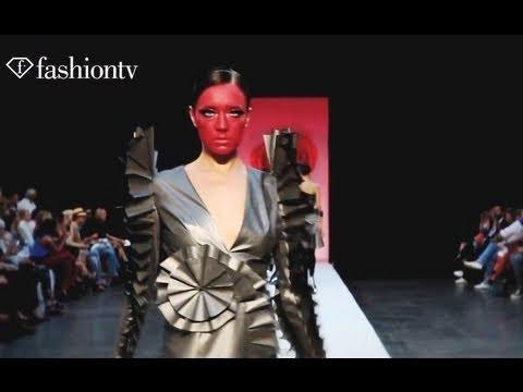 Viktor & Rolf Runway ELLE Fashion Days @ St. Petersburg - White Nights | FashionTV - FTV.com
