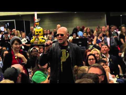 Walker Stalker Dallas: Michael Rooker