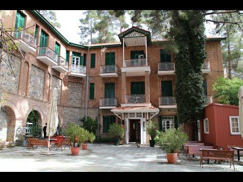 New Helvetia Hotel in Platres im Troodos auf Zypern