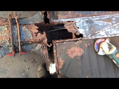 1971 VW Super Beetle Restoration Video 9