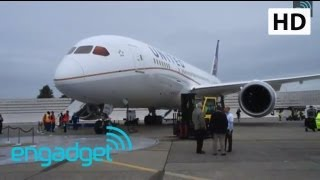 United 787 Dreamliner Pre-delivery Walkthrough at Boeing HQ | Engadget