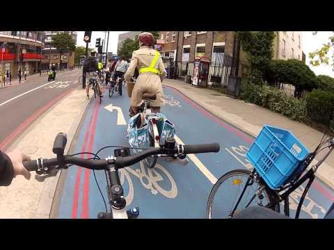 London's Cycle Superhighway 7 (CS7) - rideable.bike