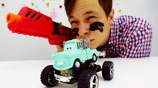 Машинки для мальчиков: мультфильм Тачки. Видео про игрушки: Фёдор и Мэтр едут на военную базу!