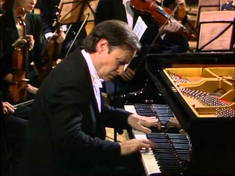 Mozart, Concierto para piano Nº 26 en re mayor K537. Homero Francesch, piano