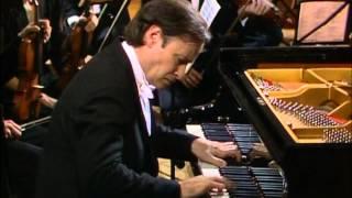 Mozart, Concierto para piano Nº 26 en re mayor K537. Homero Francesch, piano
