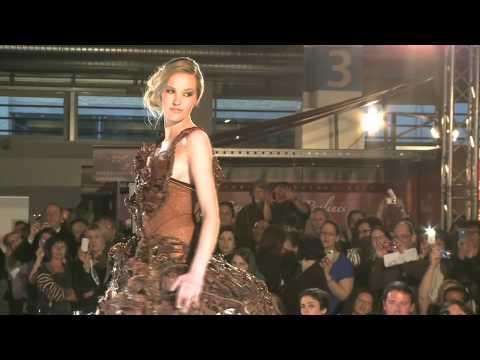 Défilé de robes en chocolat du Salon du Chocolat de Zurich 2012