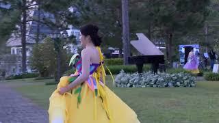 Sau trường giang Nam Em lại sắp điên tình vì ai mà Tự ý nhảy múa khi đang diễn thời trang vậy