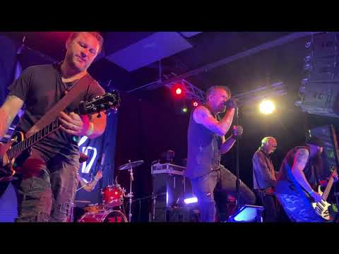 """Adema - """"Giving In"""" Live in Lombard, IL 11/7/19 Brauer House"""