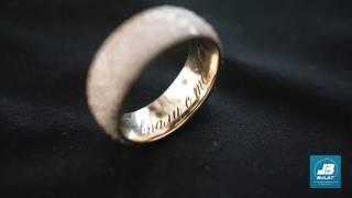 Лазерная гравировка внутри обручального кольца на установке HTF MARK [OKB BULAT]