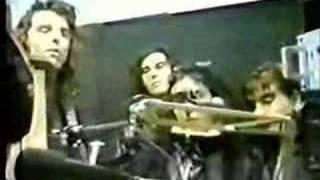 Vilma Palma E Vampiros - Mojada [BTS Tour]