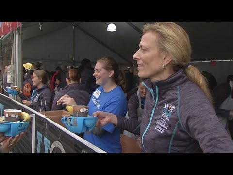 Runners raise money for Make-a-Wish at downtown Columbus Hot Chocolate Run