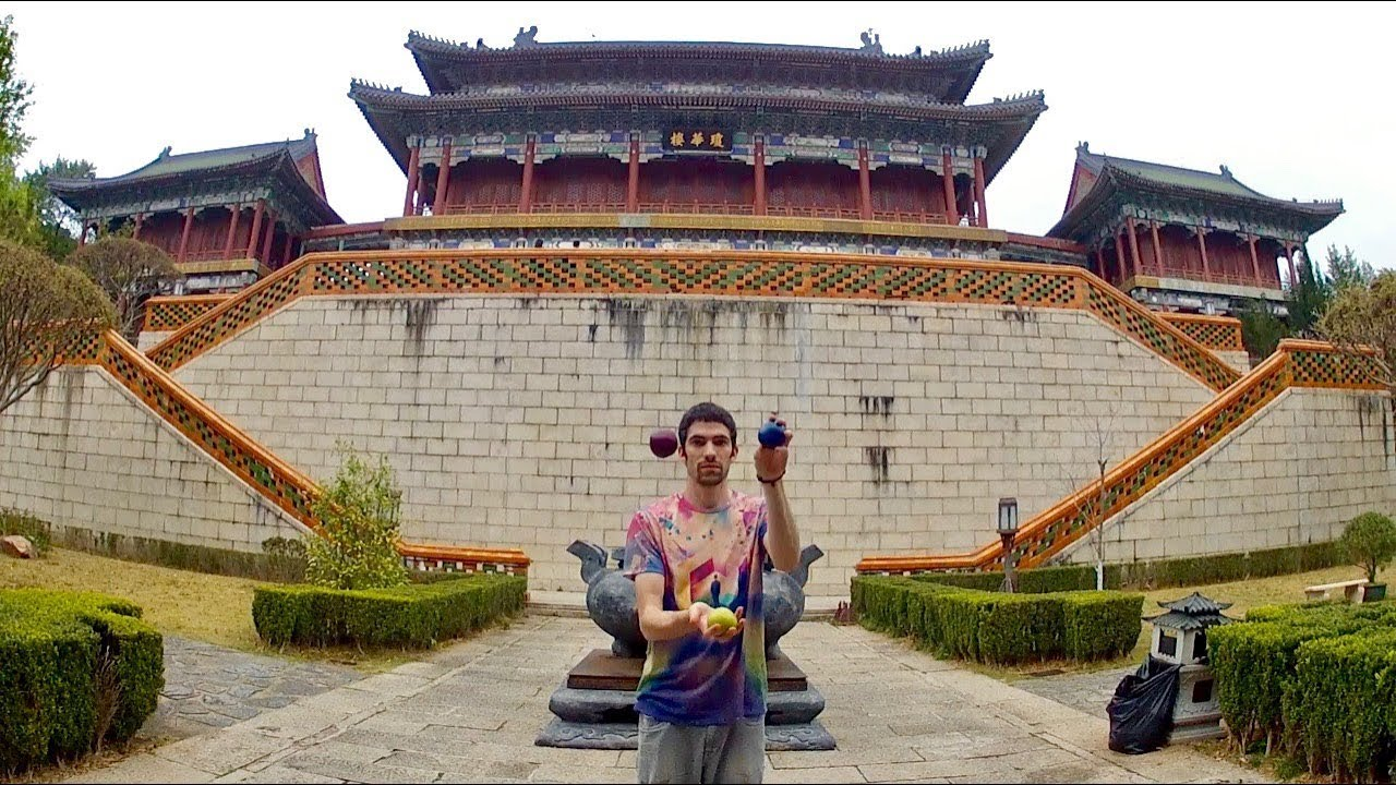 21 Intermediate to Advanced 3 Ball Juggling Tricks In China
