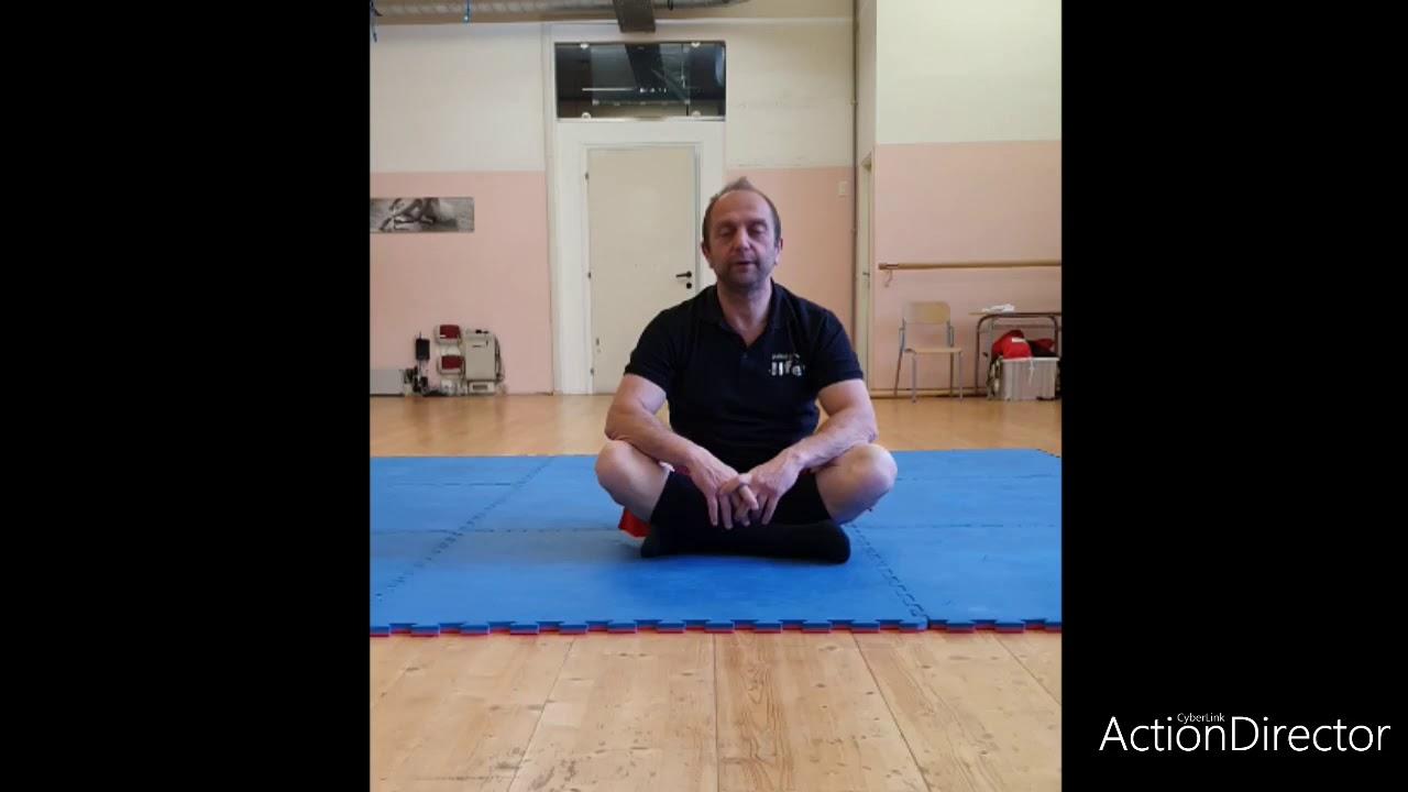 Lombalgia: semplici esercizi - YouTube