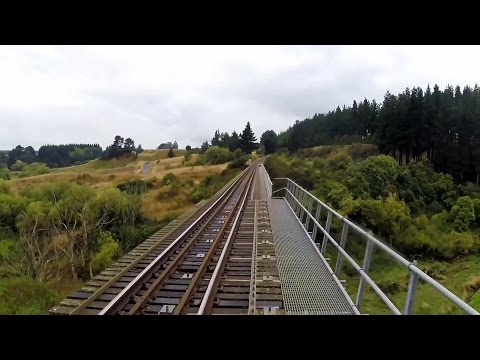 Driver's eye view – High-speed trip from Palmerston North to Napier – 5 x full speed